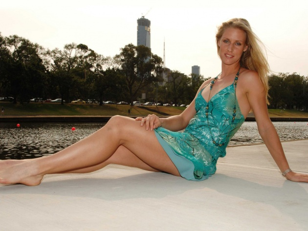 Wallpaper Elena Dementieva on the riverbank